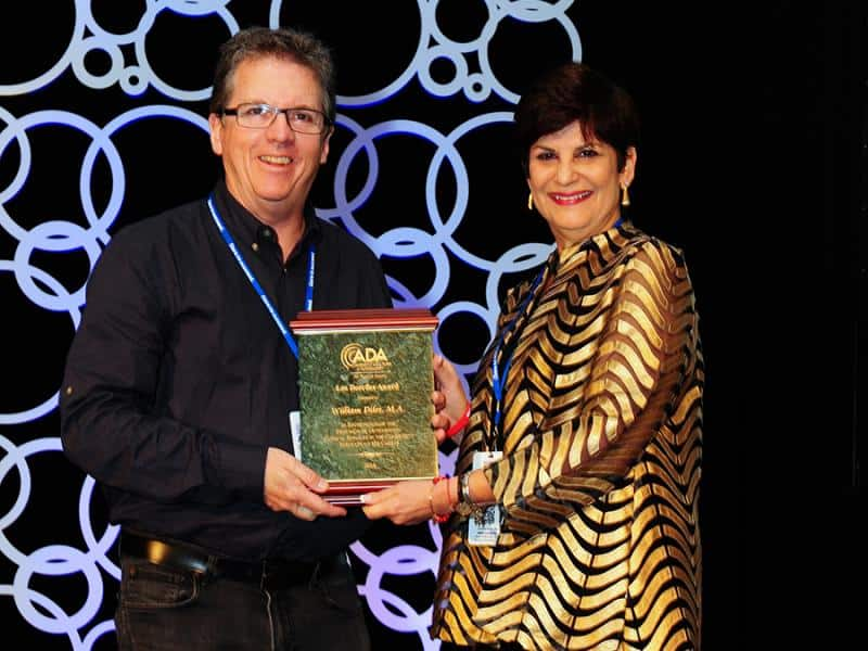 Bill Diles, M.A., Audiologist receives ADA's Leo Doerfler award